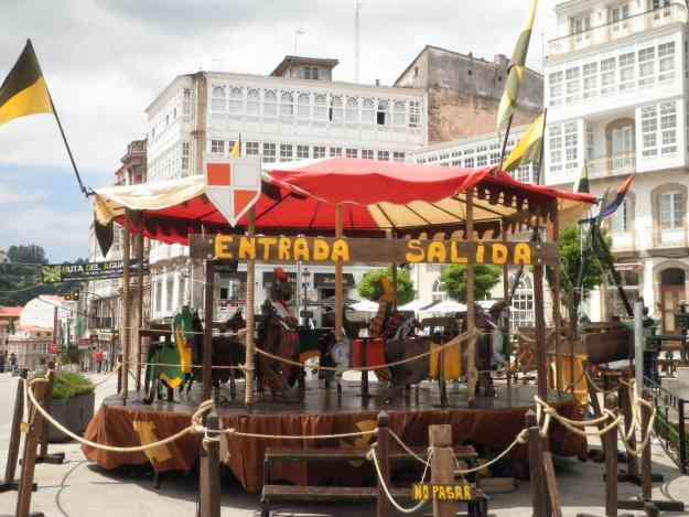 Fabricante de juegos ferias y medievales carruseles for Sillas para ferias